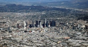 1200px Los Angeles CA from the air