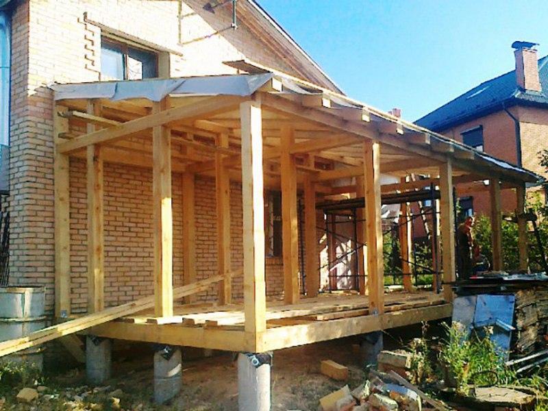Самостоятельное строительство летней веранды