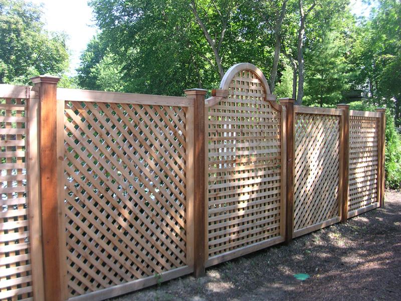 Деревянные заборы для вашего дома