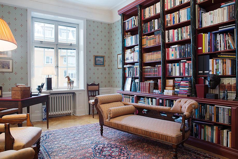 Домашняя библиотека в интерьере